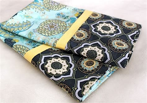 DIY Pillowcase Pattern With French Seam Definitions