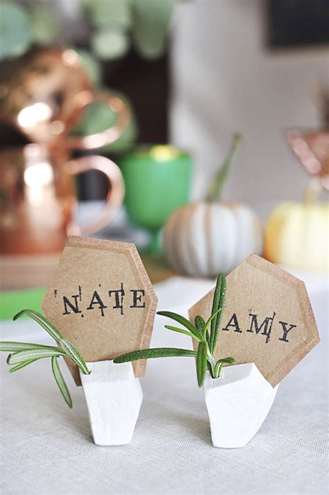 DIY Place Card Stand
