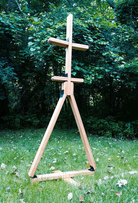 DIY Portable Wooden Armor Stand