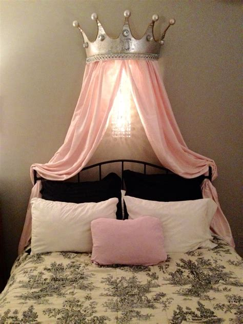 DIY Princess Bed Crown