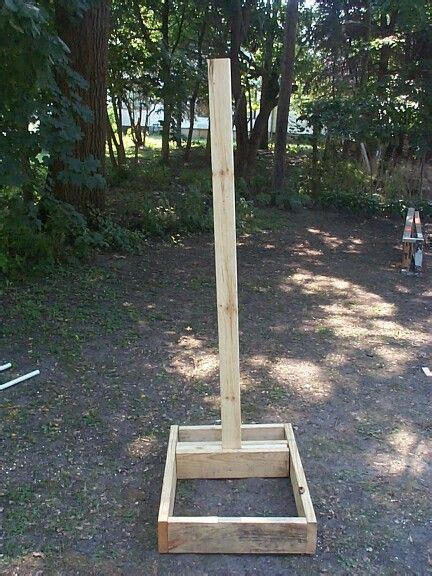 DIY Scarecrow Stand