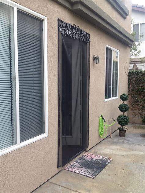 DIY Screen Door For Rental