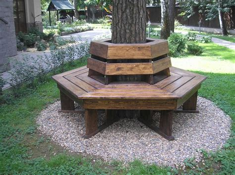 DIY Square Wrap Around Tree Bench