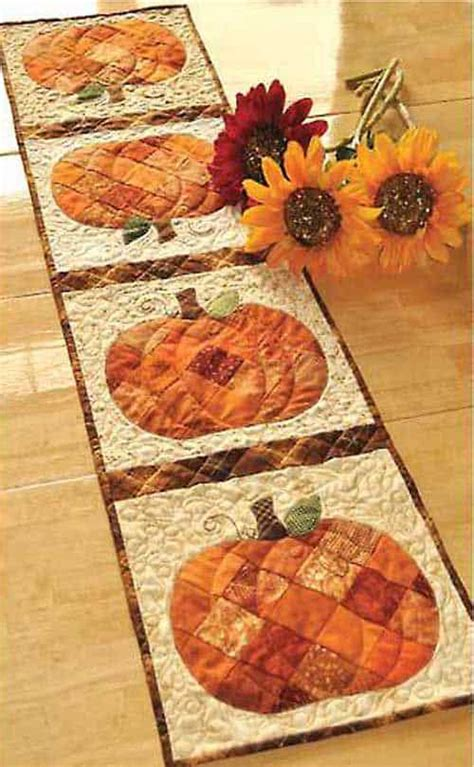 DIY Table Runner Quilted Fall