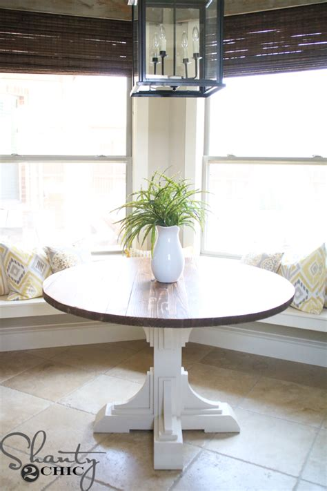 DIY Tiny Round Table