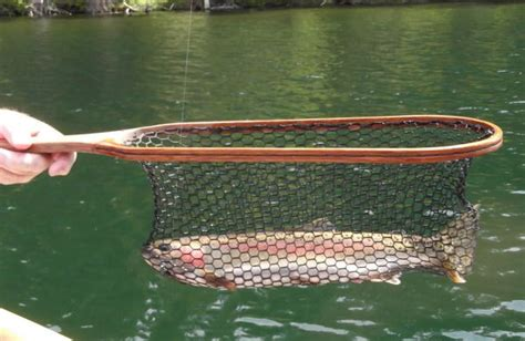 DIY Wood Fishing Net