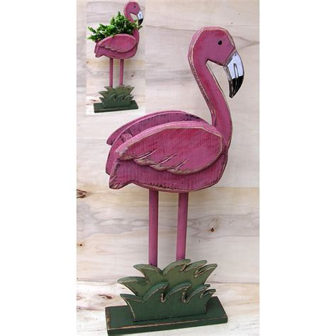 DIY Wood Flamingo