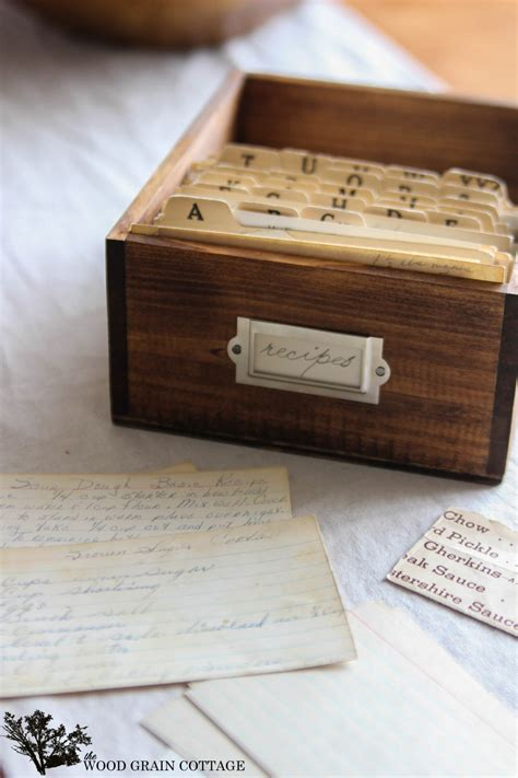 DIY Wood Recipe Box