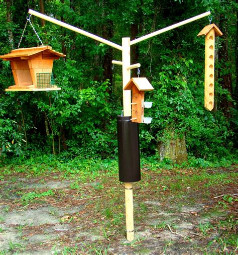 DIY Wooden Bird Feeder Pole
