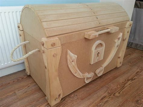 DIY Wooden Pirate Toy Chest