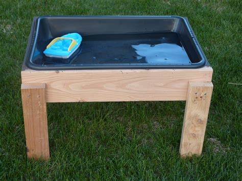 DIY Wooden Water Table