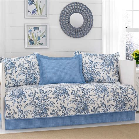 Day Bed Coverlets