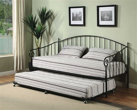 Day Bed With Trundle Pop Up