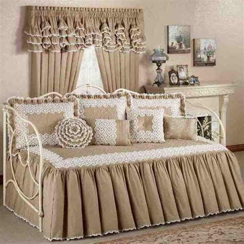 Daybed Comforter Sets Twin