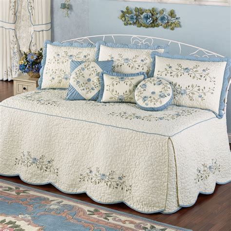 Daybed Quilts Bedding
