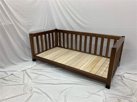 Daybed-Plans-Fine-Woodworking