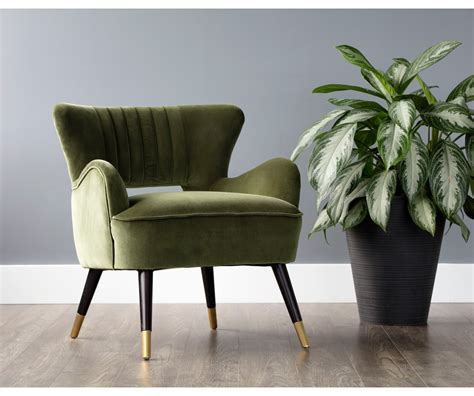 Decorium Accent Chairs