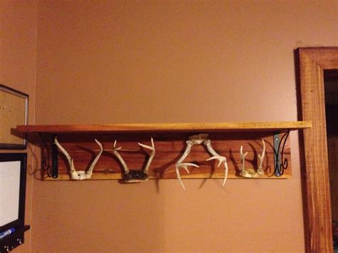 Deer-Antler-Coat-Rack-Diy
