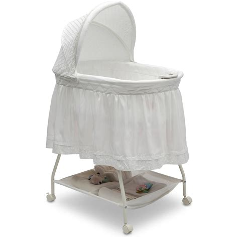 Delta-Children-Bassinet
