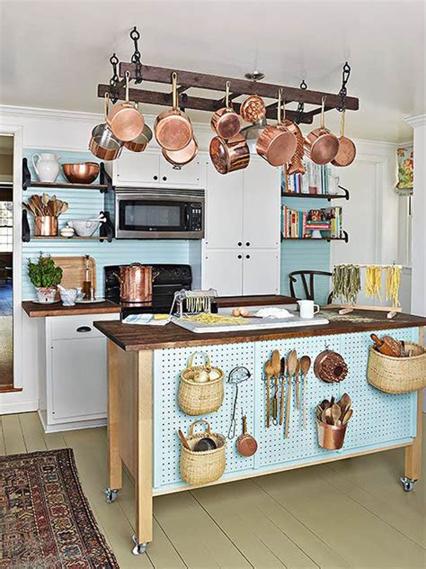 Design-For-Diy-Kitchen-Table-With-Shelf