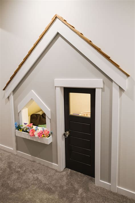 Design-Plans-For-Under-Stairs-Playhouse