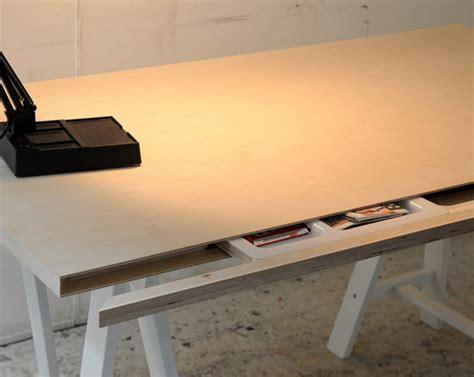 Desk-Plans-With-Secret-Compartments