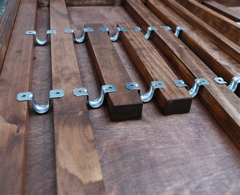 Desk-With-Foldable-Legs-Diy