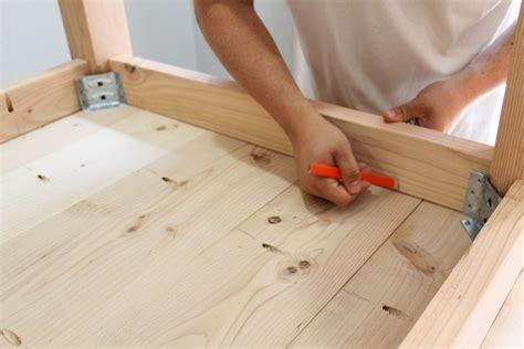 Detachable-Table-Legs-Diy
