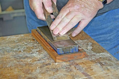 Diamond Sharpening Stone How To Use