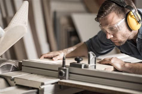 Different-Types-Of-Woodworking-Jobs