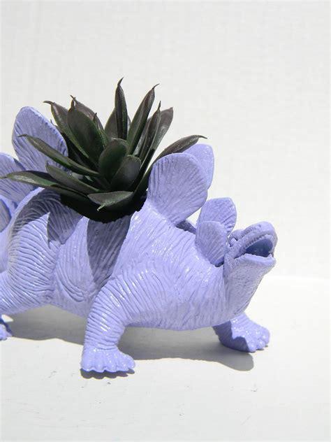 Dinosaur-Succulent-Planter-Diy