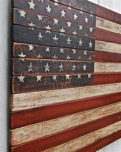 Distressed Wood American Flag Diy Ideas