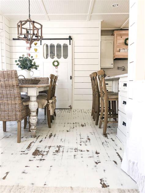 Distressed-Wood-Floors-Diy