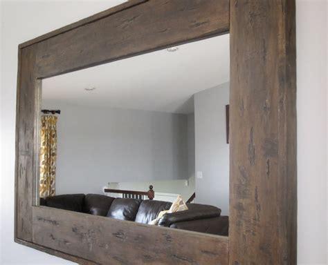 Distressed-Wood-Mirror-Diy