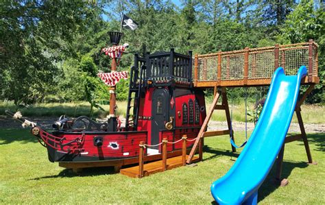 Dixon-Woodworking-Pirate-Ship-Play-House