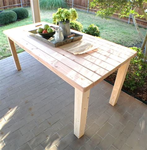 Diy 2x4 Farmhouse Table