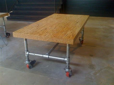 Diy 4 Galvanized Pipe Table On Wheels