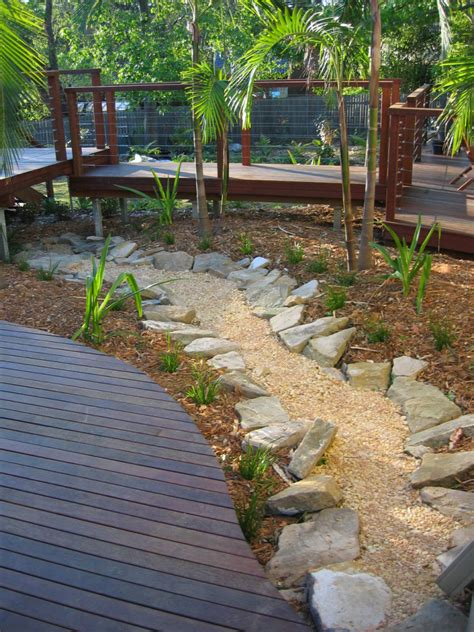 Diy Backyard Creek Bed Ideas