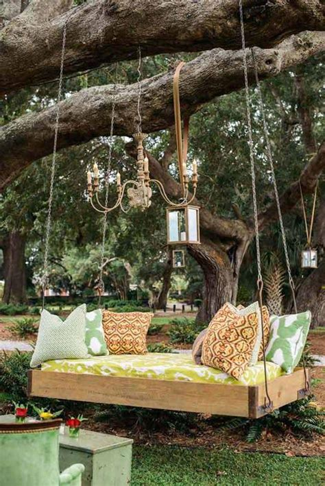 Diy Backyard Swing Bed