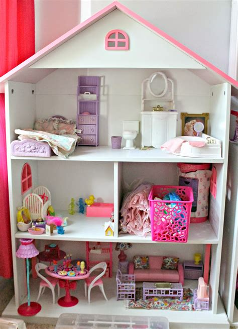 Diy Barbie House Out Of Bookcase