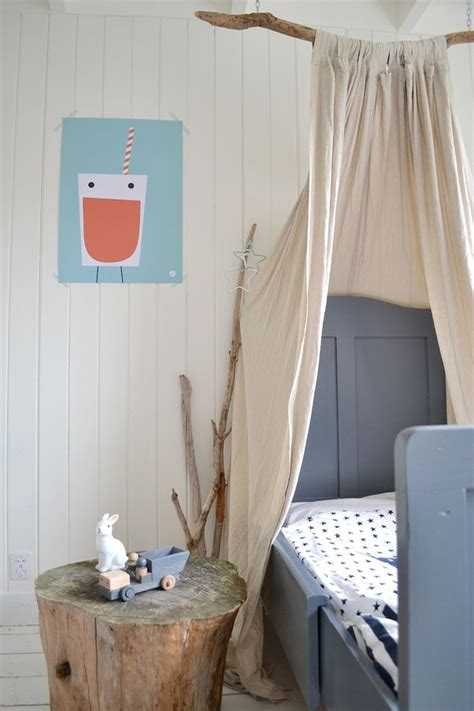 Diy Bed Canopy With Branch