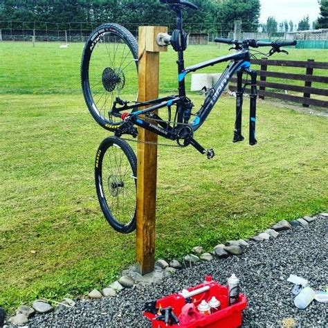 Diy Bicycle Wash Stand With Mirror