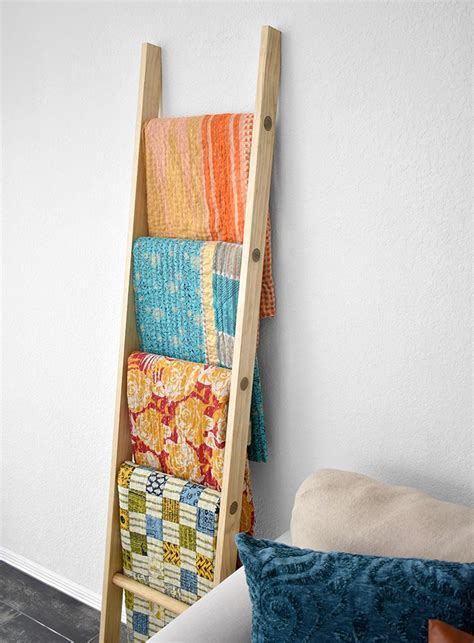 Diy Blanket Ladder With Dowels