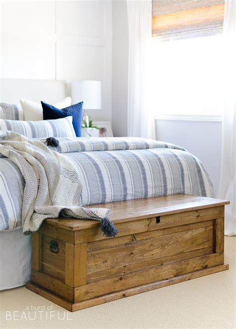 Diy Blanket Storage Chest
