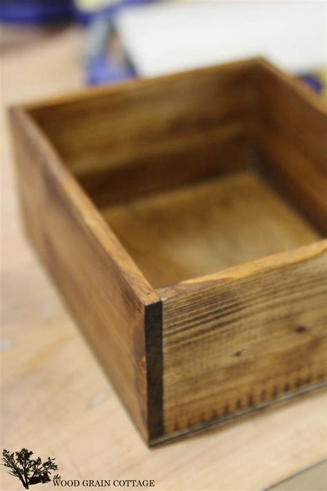 Diy Bottom Of Wood Box