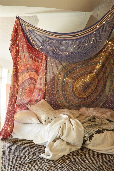 Diy Canopy Bed Tapestry For Wall