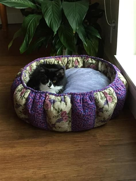 Diy Cat Bed From Fabric