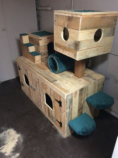 Diy Cat Condo With Litter Box Enclosed