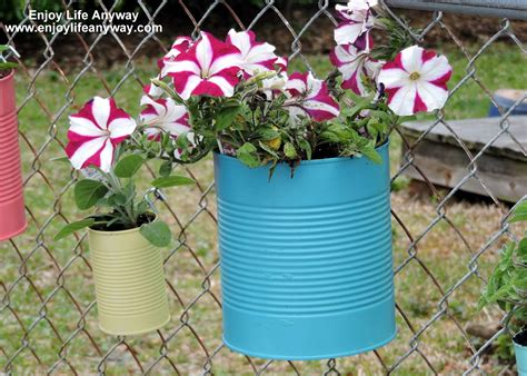 Diy Chain Link Fence Planters
