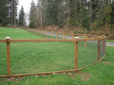 Diy Chain Link Fence To Wood